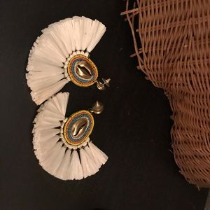 Seashell fan earrings